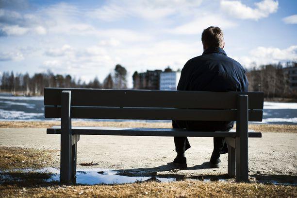 Sitran teettämään kyselyyn ilmastonmuutoksen herättämistä tunteista vastasi yli 2 000 suomalaista. Kuvituskuva.