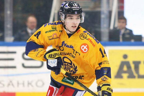 Ville Heinolan loukkaantuminen nuorten MM-kisoissa oli Lukolle ikävä takaisku.