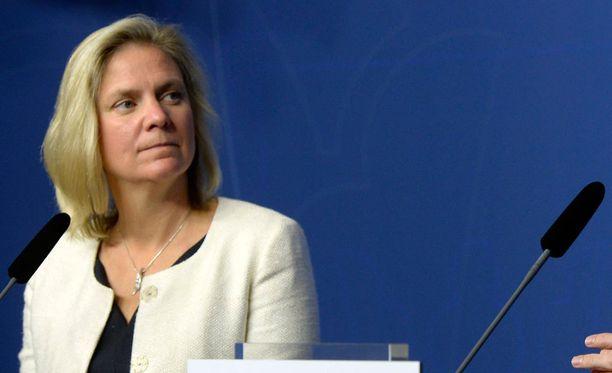Ruotsin valtiovarainministeri Magdalena Andersson kertoi lisäbudjetista maanantaina.