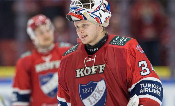 Patrik Laineen mielestä Ville Husso on hyvä tyyppi.