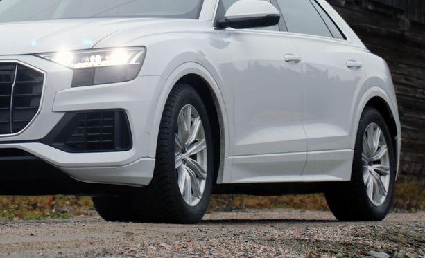 Poliisi tutkii Kokkolassa tapahtunutta liikenneonnettomuutta, jonka toisena osapuolena oli Audia ajanut kuljettaja. Kuvituskuva.