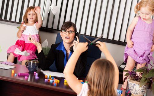 Kyllästymiselle kyytiä - nappaa tästä 25 ideaa, joita voi puuhata lasten kanssa kotona