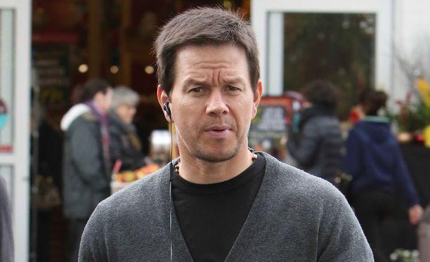 Hän on Mark Wahlberg.