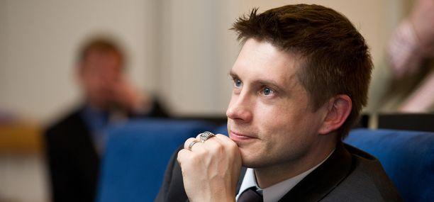 Timo Marjamaan johtama Veikkausliiga näyttää esimerkkiä.