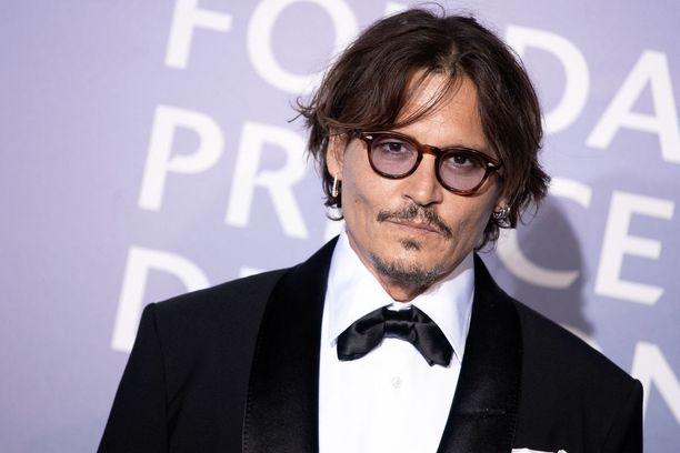 Johnny Depp tähdittää uutta Minamato-elokuvaa.