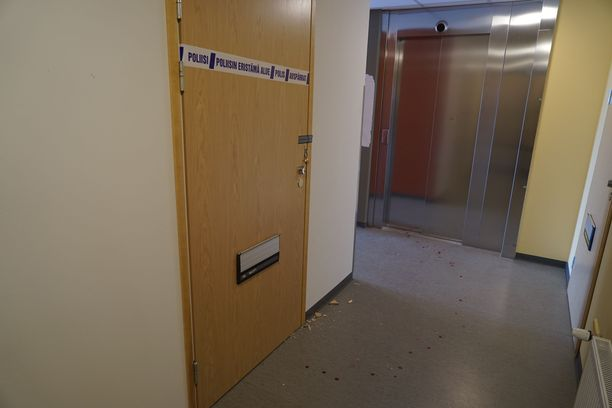 Poliisi eristi sunnuntaina asunnon Graniittitiellä sijaitsevassa kerrostalossa.