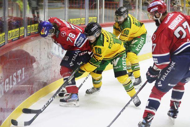Niklas Nordgrenin taistelu Ilvestä vastaan päättyi jo avauserässä.