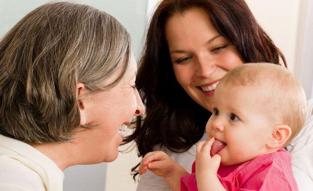Kaikki naiset eivät hössötä vauvoista.