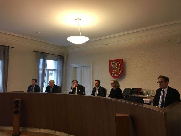 Matti Nissistä koskevan tapauksen käsittely alkoi tiistaina korkeimmassa oikeudessa. Juttua käsitellään seuraavan kerran 15. marraskuuta. Varapäiväksi on varattu 16. marraskuuta.