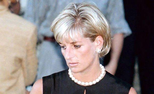 Prinsessa Diana oli kuollessaan 36-vuotias.