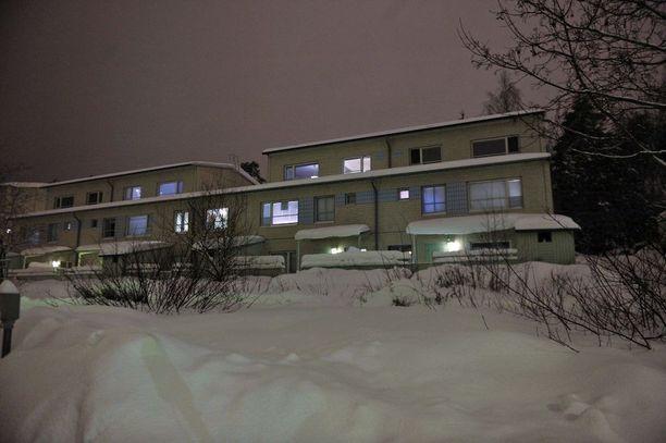 Kustannusosakeyhtiö Koivuniemen kerhohuone sijaitsi ainakin vielä vuonna 2010 Espoon Mikkelässä.