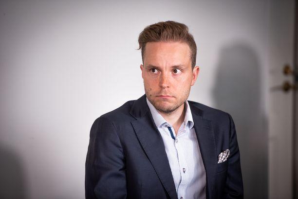 Petri Honkonen on keskustan toisen kauden kansanedustaja ja puolueen varapuheenjohtaja.