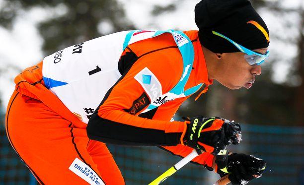 Adrian Solanon karsintakisa päättyi keskeytykseen, mutta mies on silti MM-hiihtojen puhutuin hahmo tällä hetkellä.