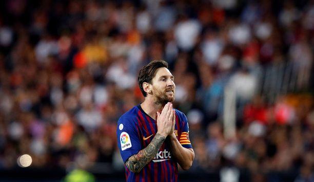 Lionel Messi teki maalin, mutta Barcelona juuttui tasuriin Mestalla-stadionilla.