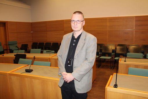 Sovittelu auttaa usein vaikeisiin riitoihin, sanoo tuomari Toni Kilpeläinen.