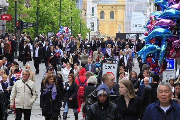 Norjassa korona-altistumisia jäljittävän sovelluksen käyttö on keskeytetty väliaikaisesti. Kuvituskuva Oslosta.