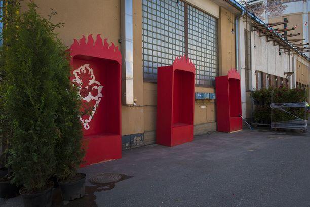 Red Arealta löytyy myös pussauskoppeja.