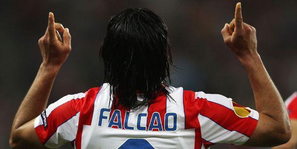 Falcao musersi baskien haaveet Eurooppa-liigan voitosta.