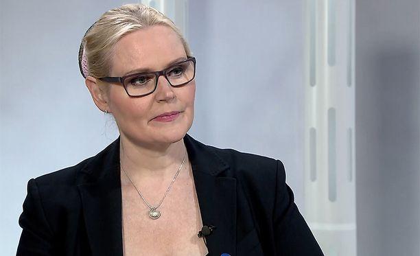 Veera Ruoho on ollut ilman poliittista kotia perussuomalaisten eduskuntaryhmän hajoamisesta lähtien.