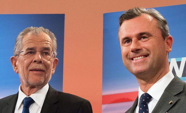 Alexander Van der Bellen (vas.) voitti lopulta täpärästi Norbert Hoferin Itävallan presidentinvaaleissa. Nyt vaalit joudutaan uusimaan.