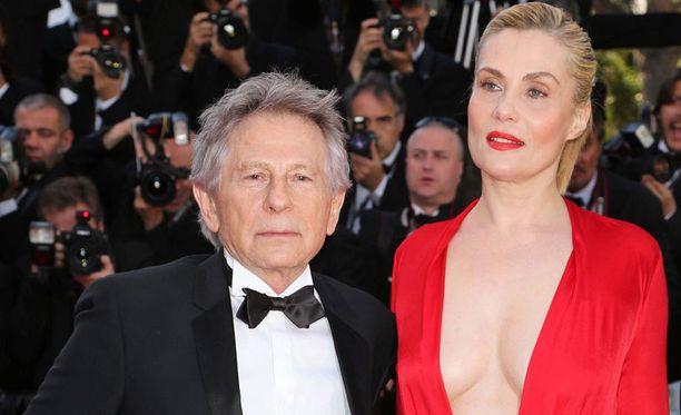 Roman Polanski ja vaimo Emmanuelle Seigner Cannesin filmijuhlilla kesällä 2013.