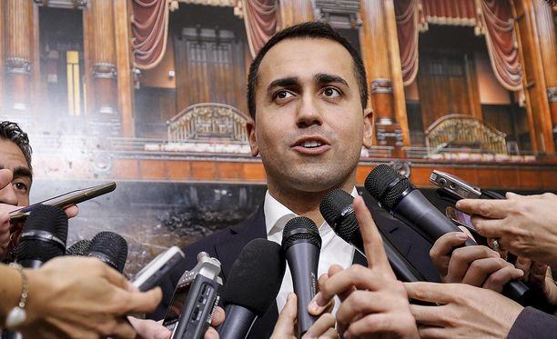 Viiden tähden liikkeen johtaja Luigi Di Maio ilmoitti, että kaikki ehdot hallituksen muodostamiseksi ovat täyttyneet.