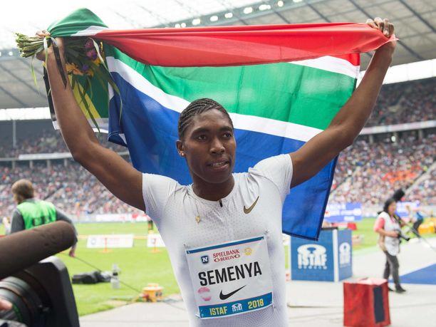 Caster Semenya on voittanut sekä MM- että olympiakultaa 800 metrillä.