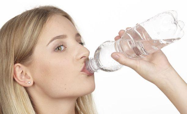 Suomessa pullovesiä juodaan entistä enemmän.