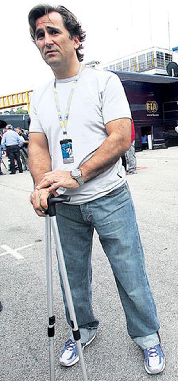 TOISINPÄIN Alex Zanardi uskoi ennen kauden alkua, että Kimi Räikkönen päihittää kevyesti Felipe Massan.