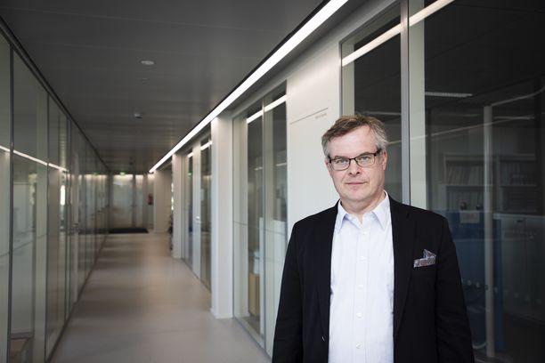 HUS:n diagnostiikkajohtaja Lasse Lehtonen kuvattuna Helsingissä 1. huhtikuuta 2020.