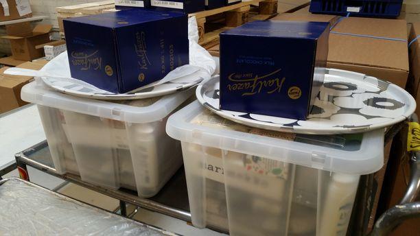 Tunnetut suomalaisbrändit lähtivät mukaan keräämään tuotepakettia palvelutaloille.