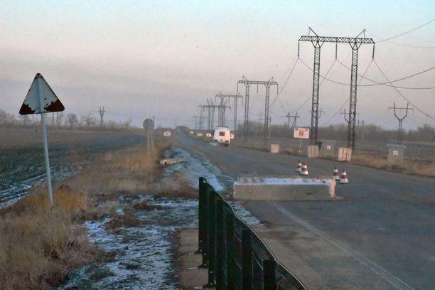 Linja-auto on palaamassa niin sanotulle nollapisteelle hakemaan ihmisiä Ukrainan puolelle.