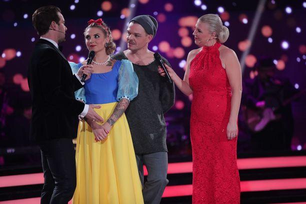 Veronica Verho ja Jani Rasimus joutuvat lähtemään Tanssii tähtien kanssa -kisassa.