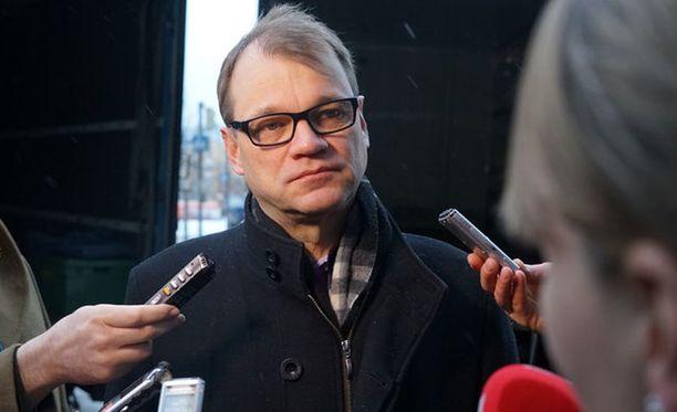 Juha Sipilä sanoi pari viikkoa sitten, että hallitus on lopettanut leikkaamisen.