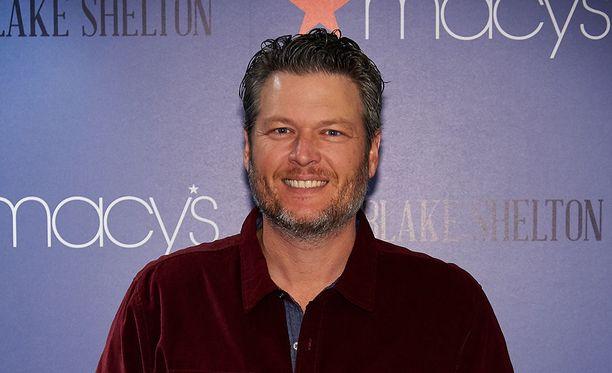 People-lehti valitsi kantrilaulaja Blake Sheltonin vuoden seksikkäimmäksi mieheksi.