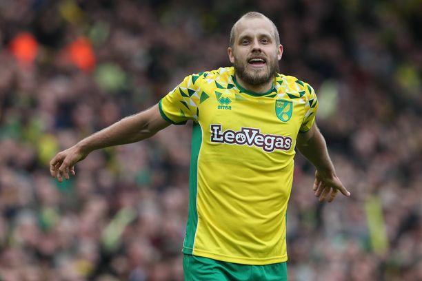 Teemu Pukki maalasi lauantaina kahdesti Norwich Cityn voitossa QPR:sta. Sunnuntaina hänet valittiin Mestaruussarjan parhaaksi pelaajaksi.