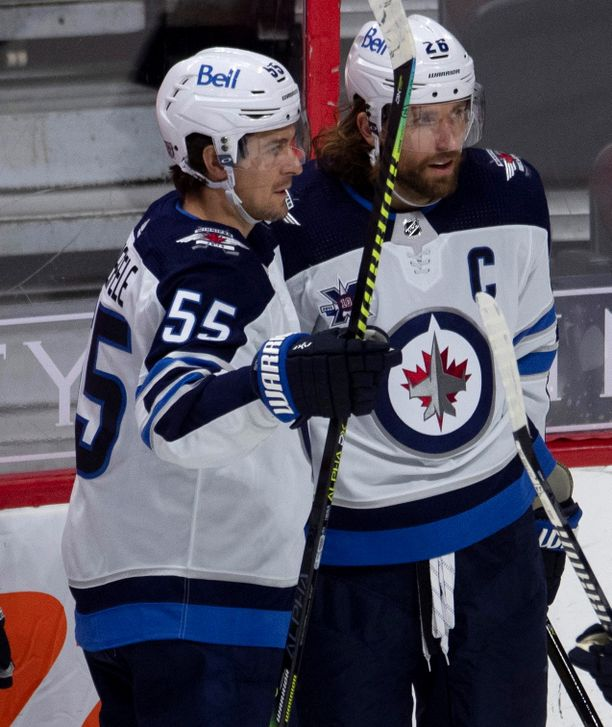 Mark Scheifele (vas.) ja Blake Wheeler olivat osaltaan syyllisiä siihen, miksi Patrik Laine halusi pois Winnipegistä.