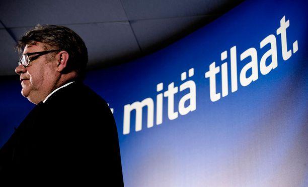 Rautiola vetäytyi viime vuonna puheenjohtajakisasta Timo Soinia vastaan kalkkiviivoilla.