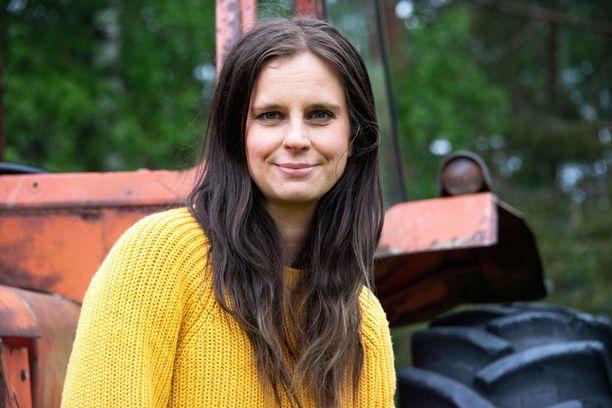 Olga Temosen perhe asuu maalaistalossa Iitin Sääksjärvellä.