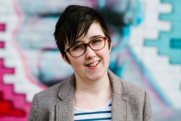 Belfastlainen toimittaja Lyra McKee sai huhtikuussa surmansa Londonderryssä.