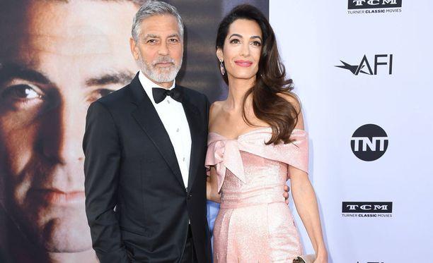 Clooney on ollut naimisissa vuodesta 2014 vaimonsa Amalin kanssa.