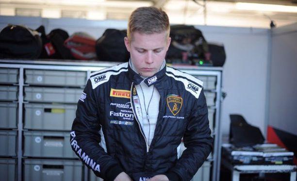 Aaro Vainio jatkaa Lamborghini-uraansa Saksassa.