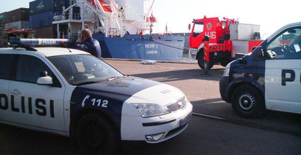 Joulukuussa kadonneen helsinkiläismiehen ruumis nostettiin keskiviikkoaamuna Helsingin Länsisataman rannasta.