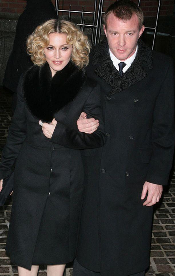 Madonnaa ja Guy Ritchietä on kehuttu hyviksi vanhemmiksi.