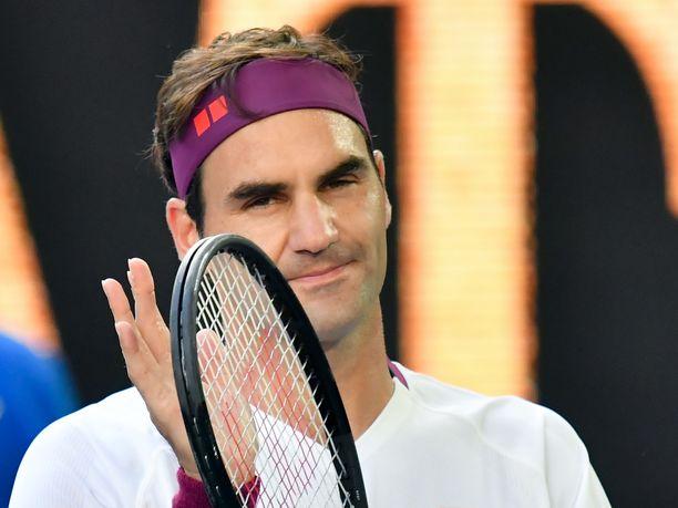 Roger Federer viihdyttää fanejaan Instagramissa.