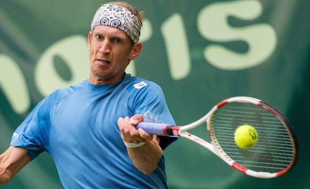 Jarkko Nieminen kohtaa Lleyton Hewittin Wimbledonin ensimmäisellä kierroksella.