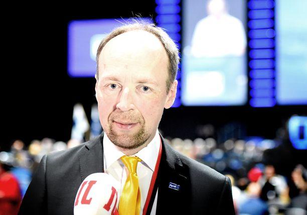 Perussuomalaisten puheenjohtaja Jussi Halla-aho IL-TV:n haastattelussa puoluekokouksessa Tampereella.