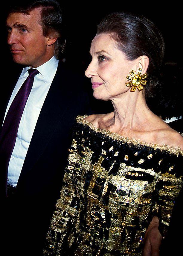 Hepburn kuoli 63-vuotiaana vuonna 1993. Kuva vuodelta 1992.