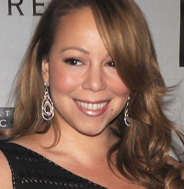 Mariah Careyn kaksoset syntyvät pian.