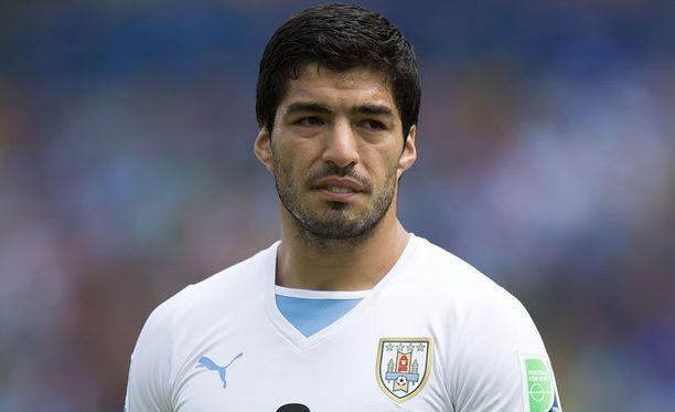 Luis Suárez oli tietoinen siirtoneuvotteluista jo ennen MM-kisoja.